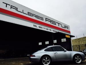 Instalación de llantas Fuchs en Porsche 993
