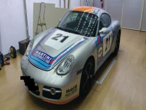 Porsche Cayman S Martini Racing